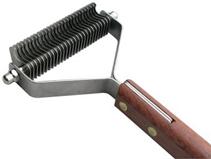 Show Tech / Стриппинг Шоу Тех с деревянной ручкой для очень мягкой шерсти 27 ножей