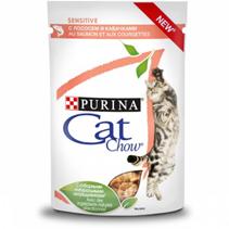 Purina Cat Chow Sensitive / Паучи Пурина Кэт Чау для кошек с Чувствительным пищеварением с Лососем и кабачками в соусе (цена за упаковку)
